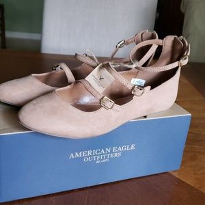 American Eagle strappy flat size 8